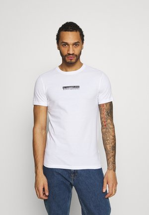 MIRROR LOGO SLIM FIT TEE - Camiseta estampada - bright white