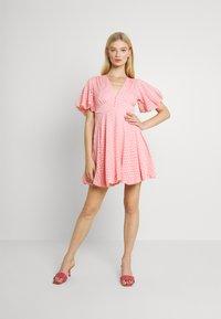 Lace & Beads - EMMA MINI - Denní šaty - pink - 1