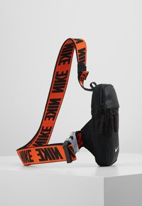 Nike Sportswear - ADVANCE - Bandolera - black/white - 3