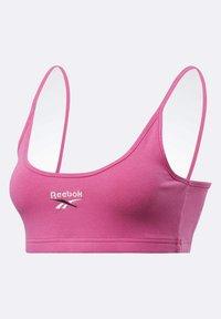 Reebok Classic - CLASSIC SMALL LOGO LOW-IMPACT BRA - Sports bra - pink - 7