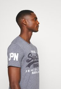 Superdry - TEE - Print T-shirt - tois blue heather - 4