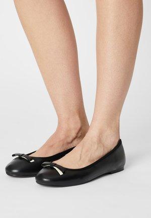 SUALO - Ballet pumps - black