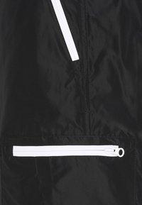 NUMERO 00 - Shorts - black - 2