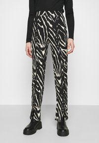 Monki - AIRY TROUSERS - Trousers - white/black - 0