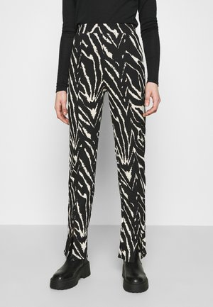 AIRY TROUSERS - Broek - white/black