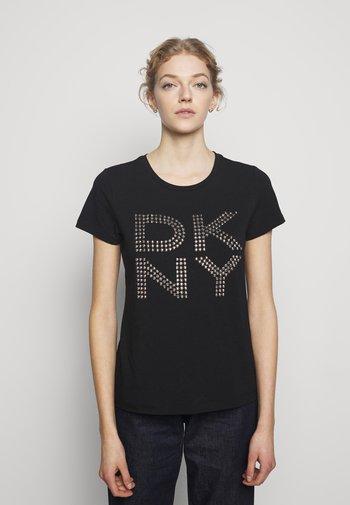 STUD LOGO  - Print T-shirt - black