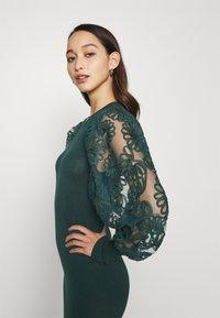 ONLY - ONLFLORA DRESS  - Robe pull - ponderosa pine - 5