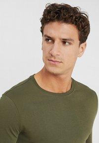 Benetton - BASIC CREW NECK - Bluzka z długim rękawem - olive - 4