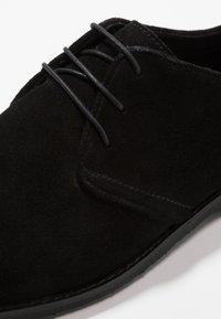 Pier One - LEATHER - Zapatos con cordones - black - 5