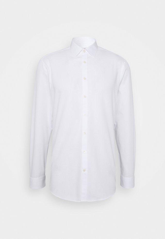 FERENE  - Chemise classique - pure white
