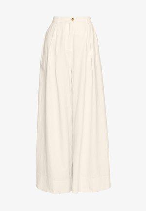 ABBY PANTS - Spodnie materiałowe - cream