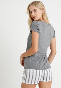 Marc O'Polo - CREW NECK - Pyjama top - grey - 2