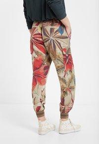 Desigual - Teplákové kalhoty - brown - 2