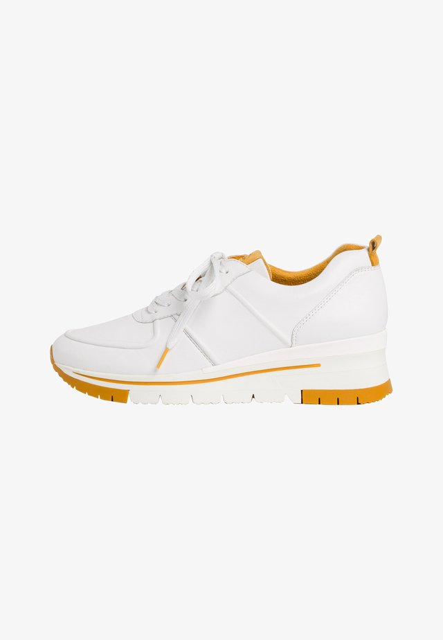 LACE UP - Matalavartiset tennarit - white/saffron