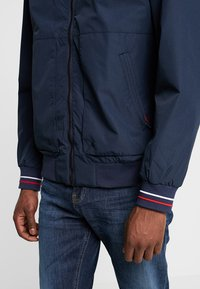 Superdry - COMPTON - Bomber Jacket - navy - 5