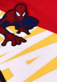 Fabric Flavours - MARVEL SPIDER-MAN CRAWL SWEATSHIRT - Sweatshirt - red - 2