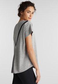 Esprit Sports - Print T-shirt - medium grey - 3