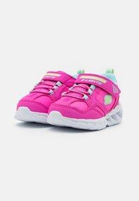 Skechers - MAGNA LIGHTS - Tenisky - pink/multicolor/hot pink - 1