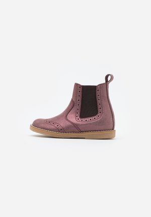 CHELYS BROGUE NARROW FIT - Støvletter - pink