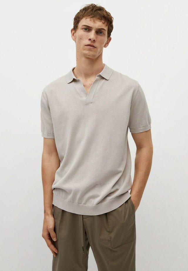 PREMIUM BOMULL - Polo shirt - lyst pastell grå