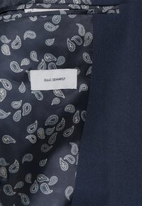 Isaac Dewhirst - THE RELAXED SUIT  - Puku - dark blue - 9
