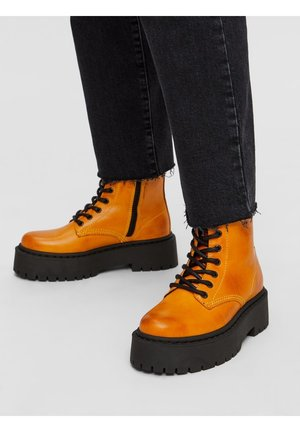BIADEB LACED UP BOOT - Platform ankle boots - mustard