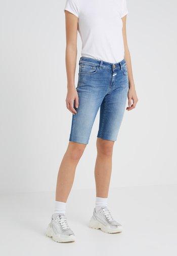 BAKER - Short en jean - light blue