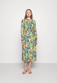 Closet - A-LINE DRESS - Day dress - yellow - 0