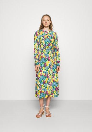 A-LINE DRESS - Denní šaty - yellow