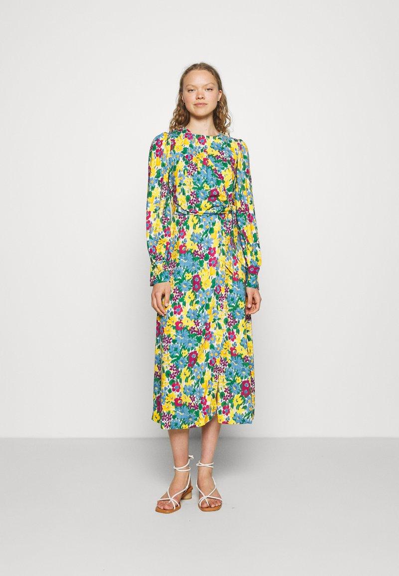 Closet - A-LINE DRESS - Day dress - yellow