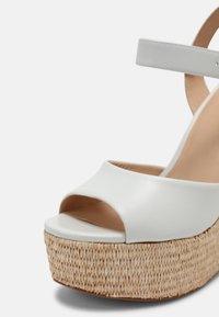 Cosmoparis - JAMEA - Platform sandals - blanc - 4