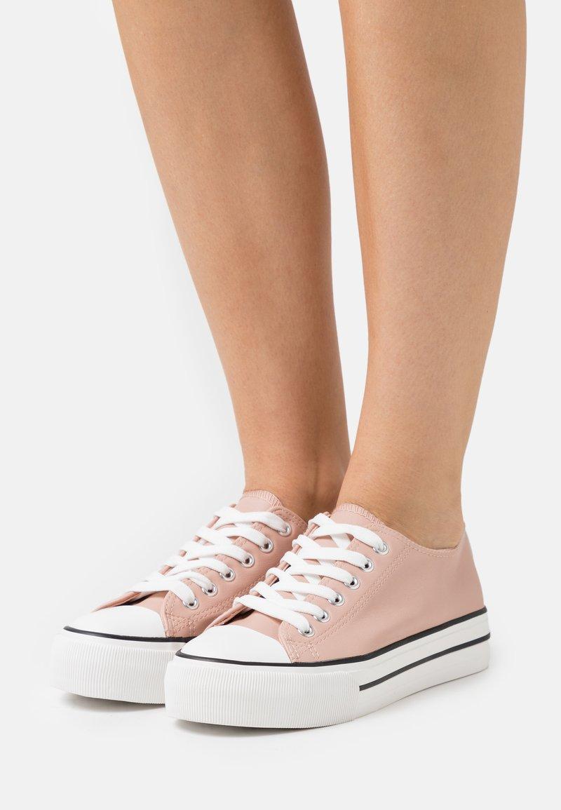 Miss Selfridge - IVANA FLAT  - Sneakers laag - pink