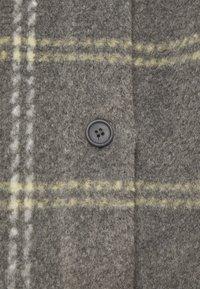Moss Copenhagen - KASSIDY - Klasický kabát - mottled grey - 2