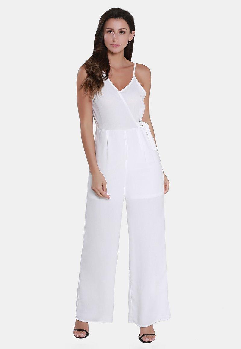 usha - Jumpsuit - woolen white