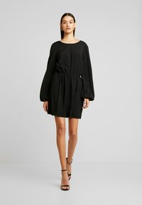 Nly by Nelly - VOLUME BACK FOCUS DRESS - Day dress - black - 2