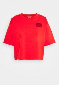 ESSEN BOXY TEE - Basic T-shirt - habanero red/gym red
