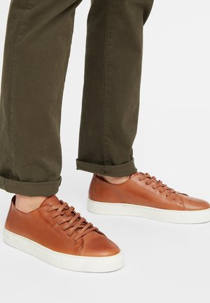BIAAJAY LEATHER SNEAKER - Trainers - cognac