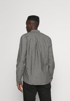 MANDARIN - Overhemd - black