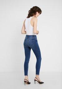 DL1961 - FARROW  - Jeans Skinny Fit - marcos - 2