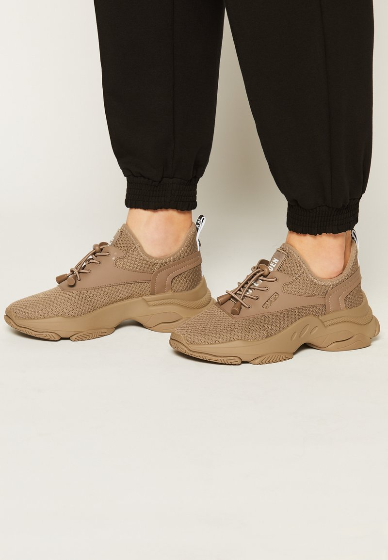 Steve Madden - MATCH - Sneakers laag - dark taupe