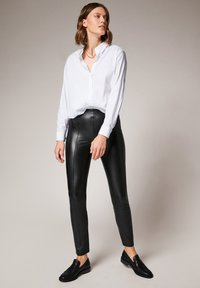 comma - Leggings - Trousers - black - 1