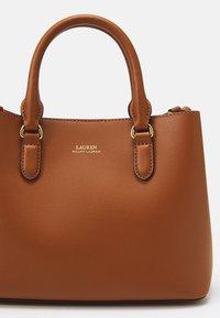 Lauren Ralph Lauren - SUPER SMOOTH MARCY - Handbag - tan/monarch orange - 4