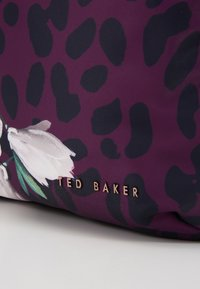 Ted Baker - SHARLYY - Rugzak - deep pink - 5