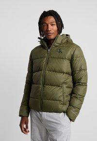 Calvin Klein Jeans - MONOGRAM PADDED JACKET - Winter jacket - grape leaf - 0