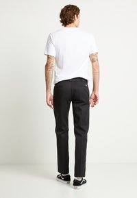 Dickies - 873 SLIM STRAIGHT WORK PANT - Kangashousut - black - 2