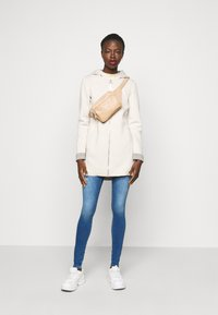 ONLY Tall - ONLLENA BONDED COAT - Manteau court - moonbeam - 1
