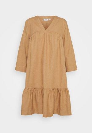 GISELLESZ DRESS - Day dress - praline