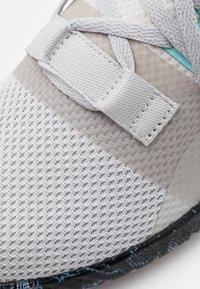 Reebok - FLASHFILM TRAIN 2.0 - Sports shoes - grey/core black - 5
