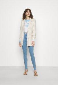 Topshop - JONI - Jeans Skinny Fit - bleach - 1