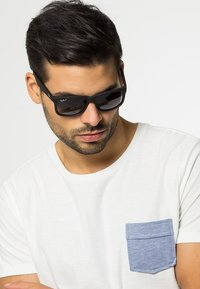 Ray-Ban - JUSTIN - Occhiali da sole - black - 0